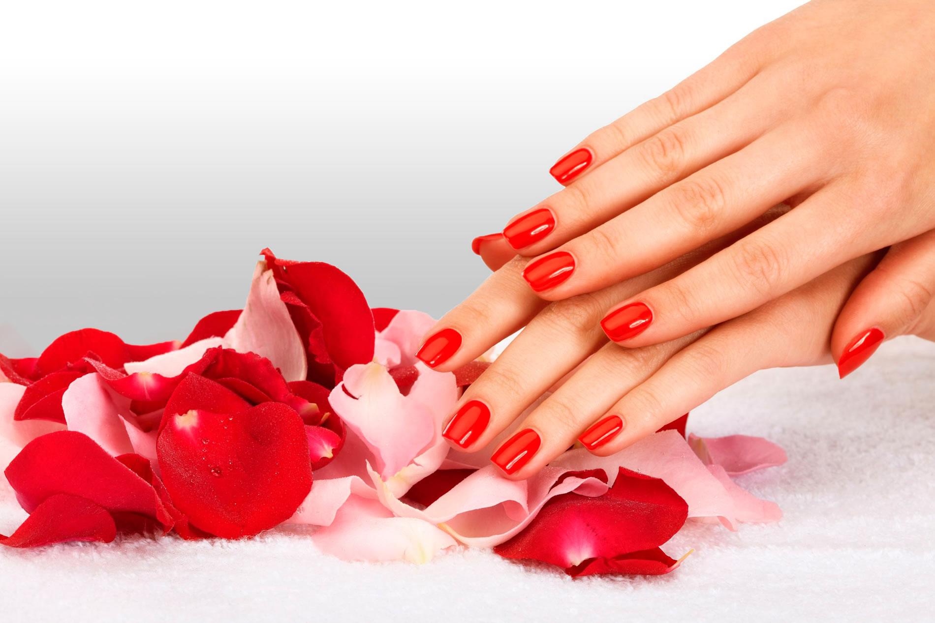Cách chăm sóc móng tay tự nhiên và đơn giản nhất