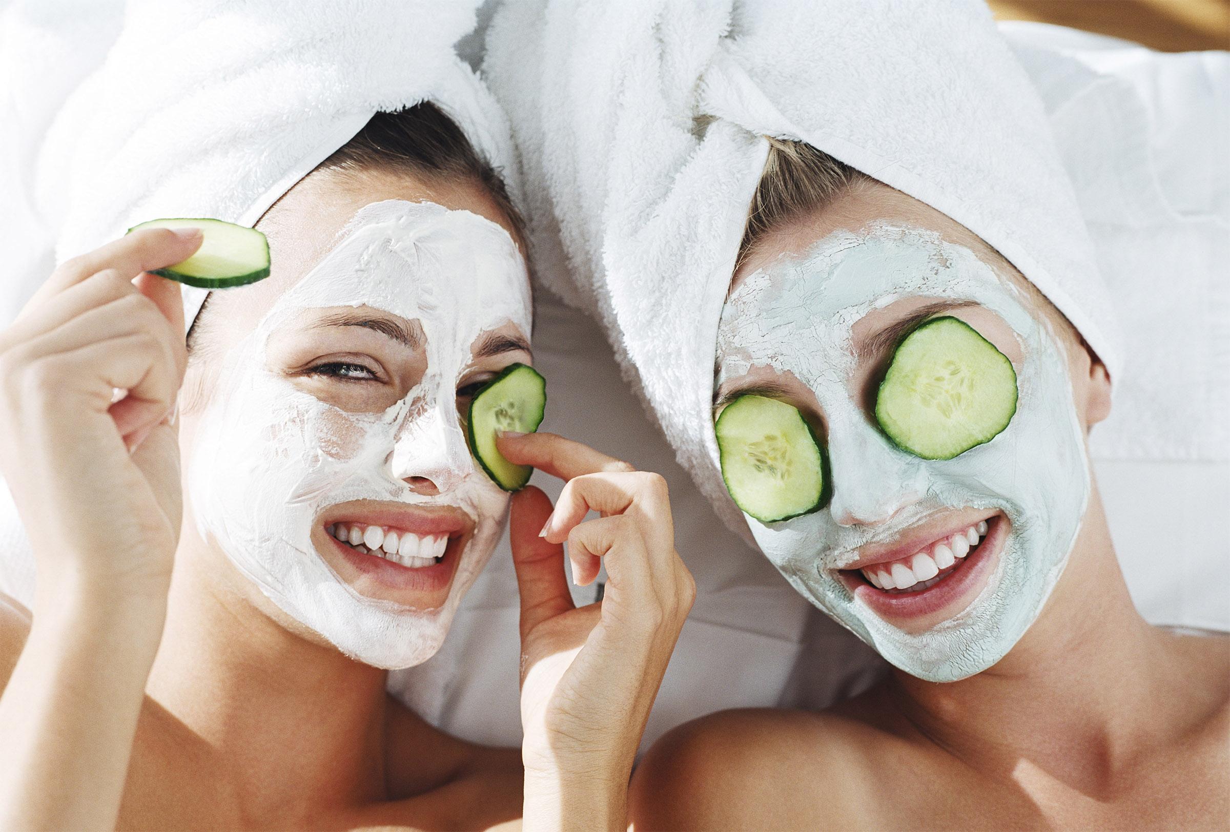 3 loại mặt nạ cực đơn giản cho làn da dịu mát mùa hè