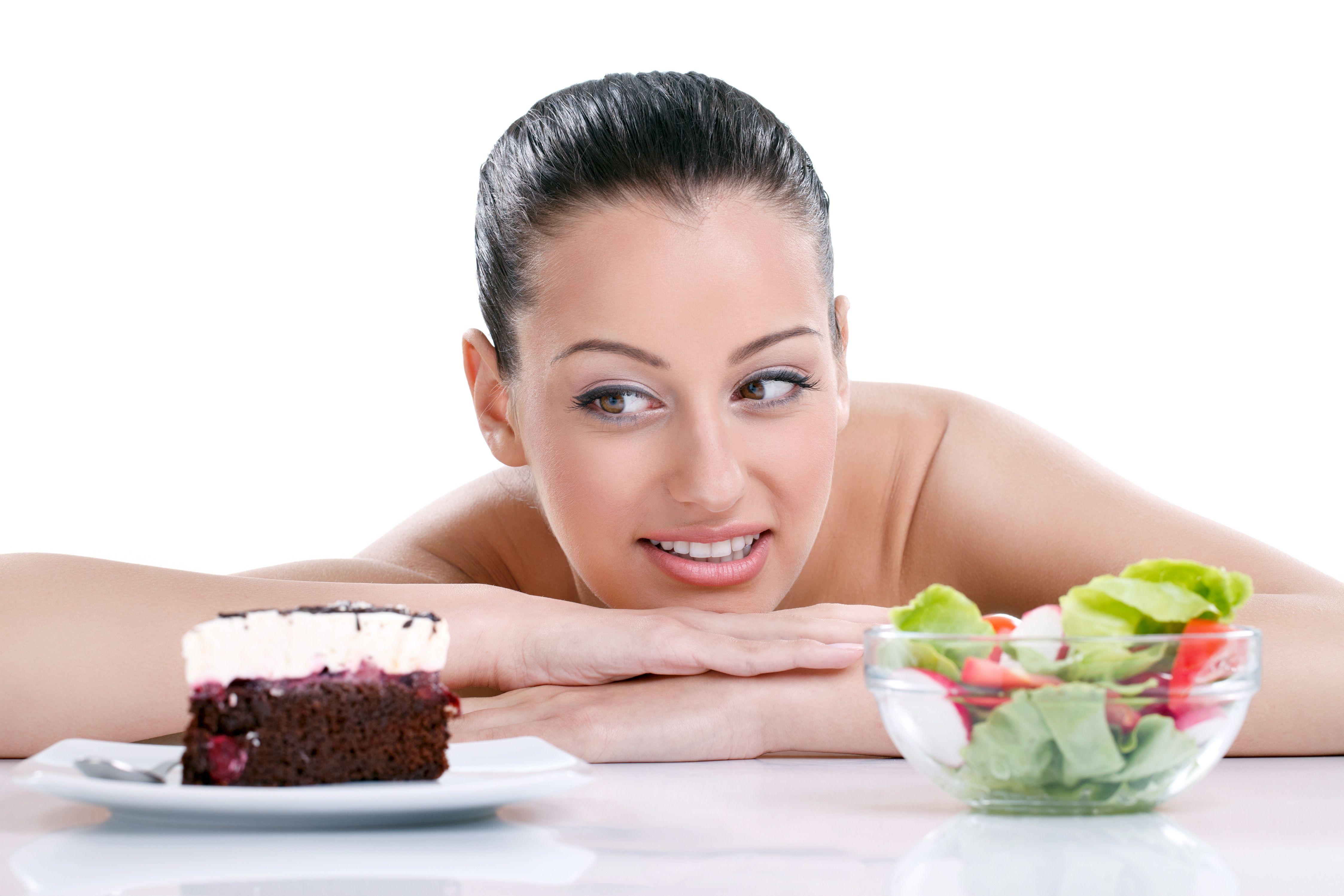 Làm chậm quá trình lão hóa bằng việc điều chỉnh chế độ ăn uống