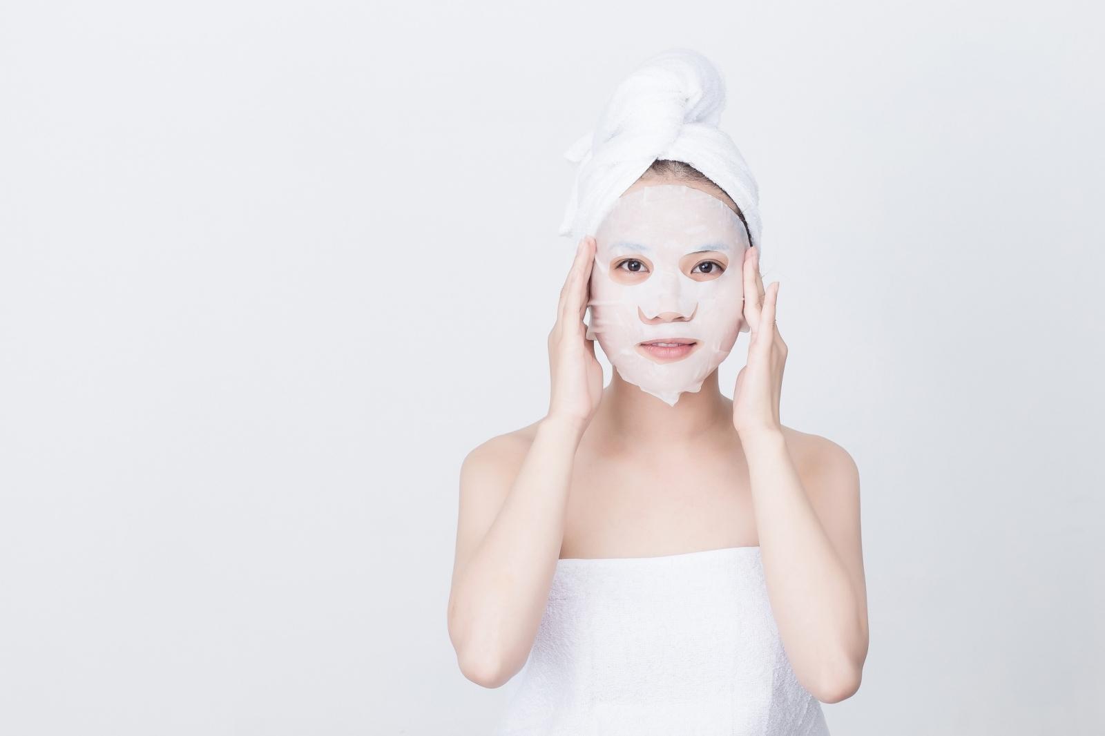 Dùng mặt nạ lột mụn như thế nào để an toàn cho da?